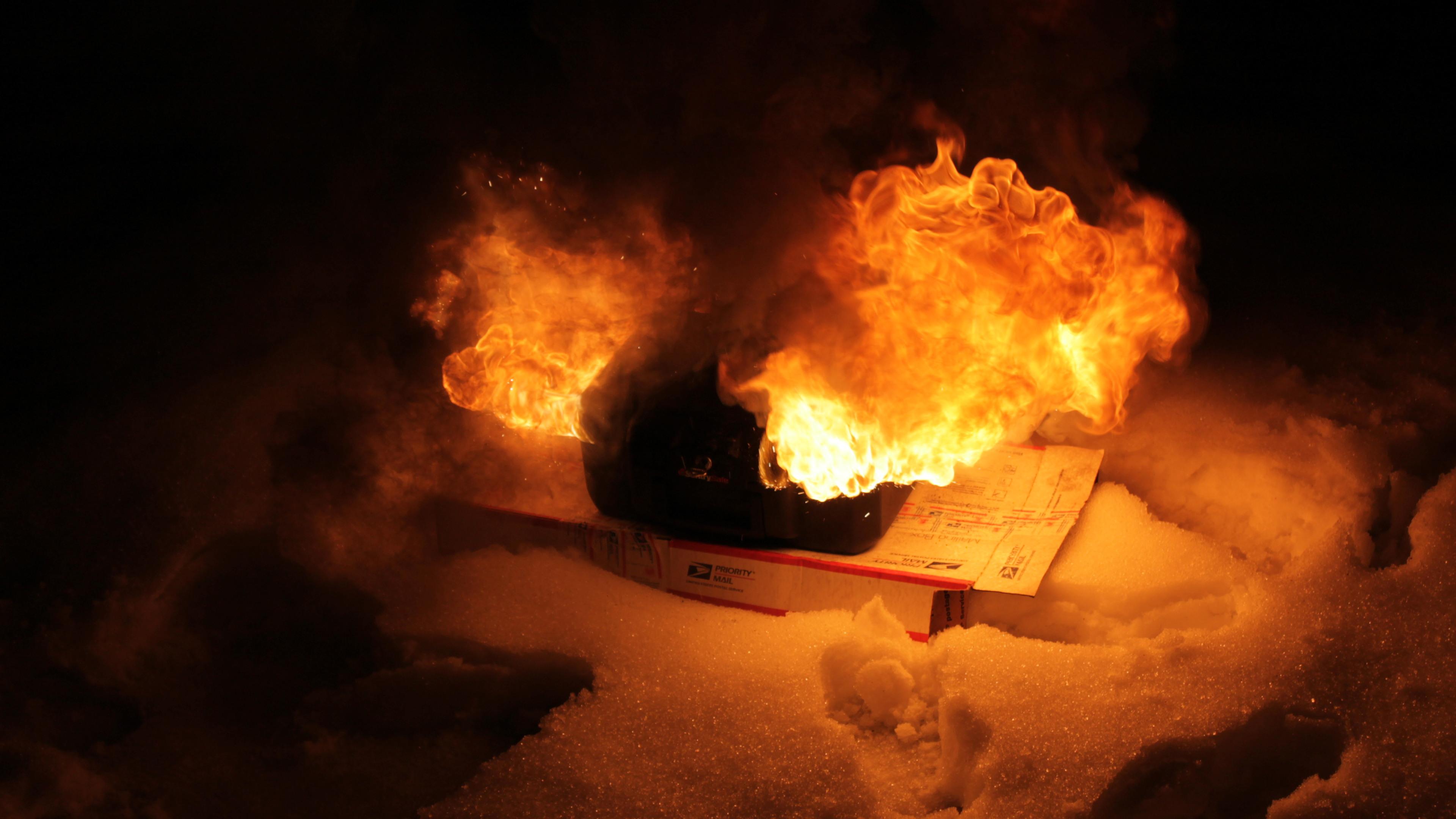 BOTPOST [BOTPOST] Testingtestingnice Flames [3840x2160] i 3840x2160