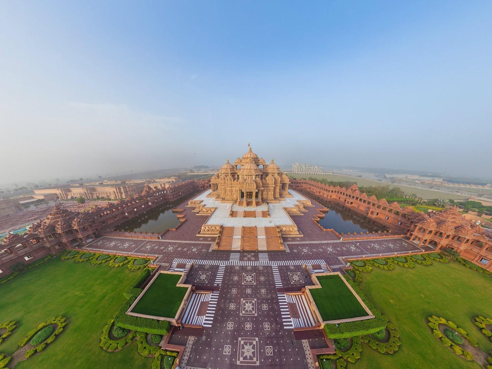 Swaminarayan Akshardham Hindu Temple in Delhi HD Wallpapers HD 1600x1200