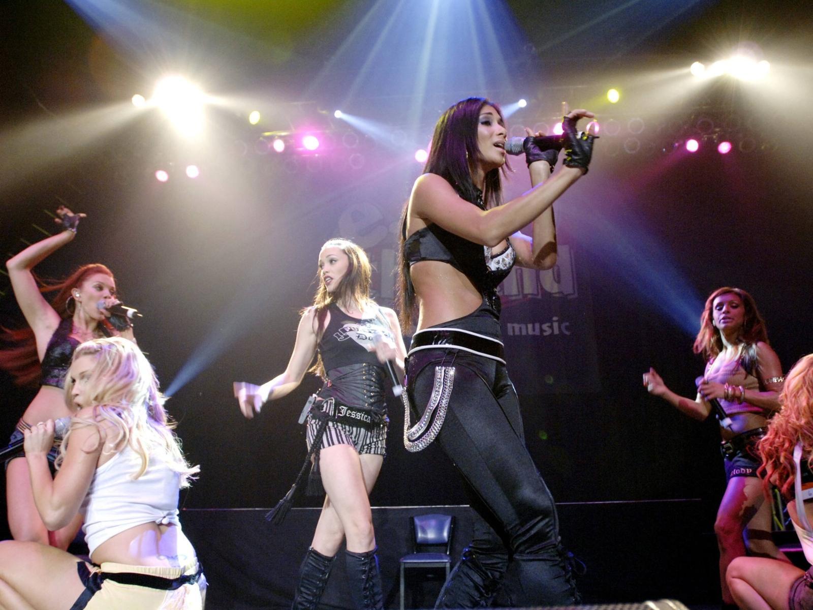 Pussycat Dolls   Ao vivo Wallpaper Download 1600x1200