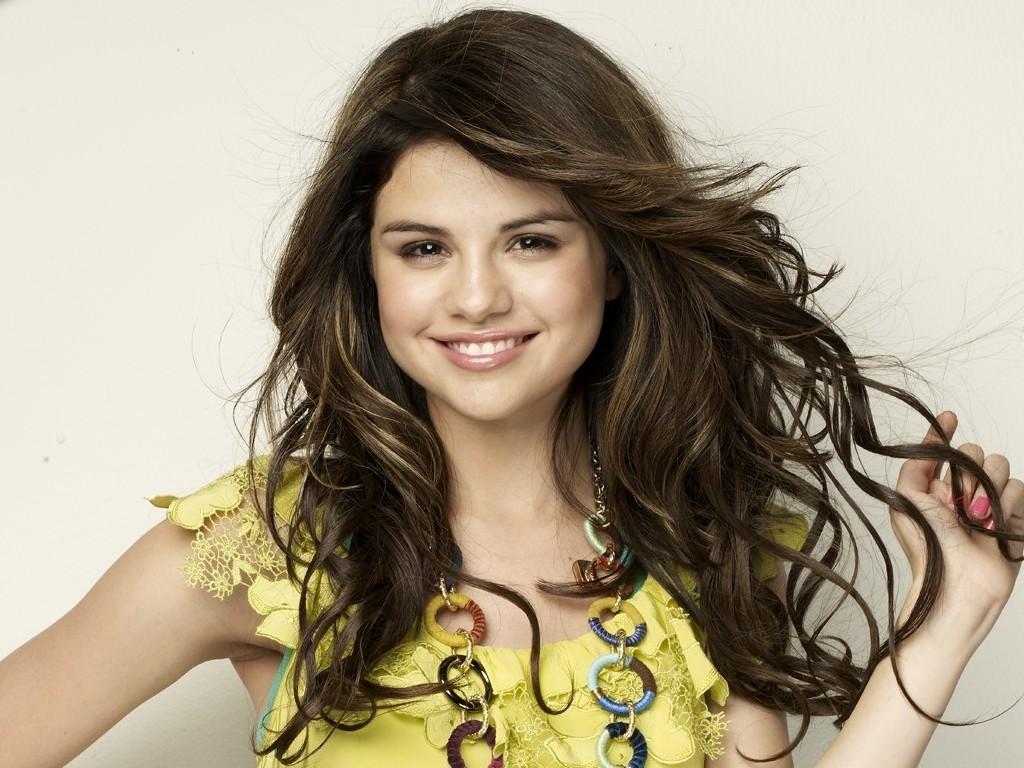 Selena Wallpaper   Selena Gomez Wallpaper 18600975 1024x768