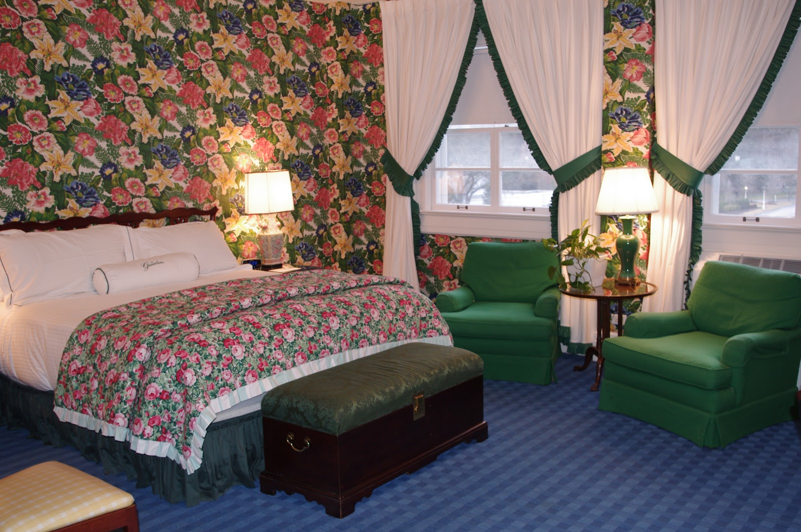 Room in the Main Hotel Decorated in Typical Dorothy Draper Style 1600x1063