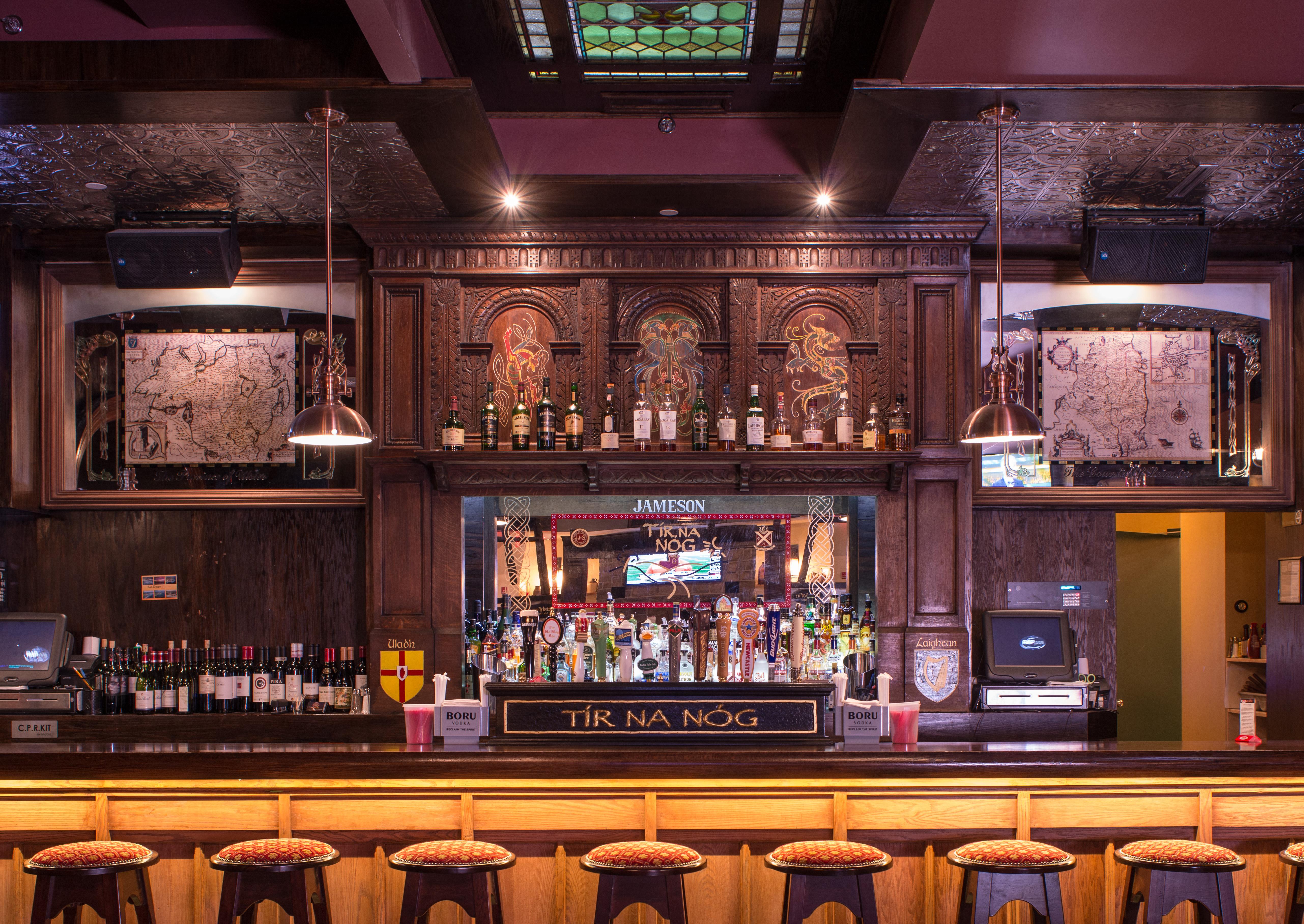 Sound Bar Background Irish Pub Wallp...