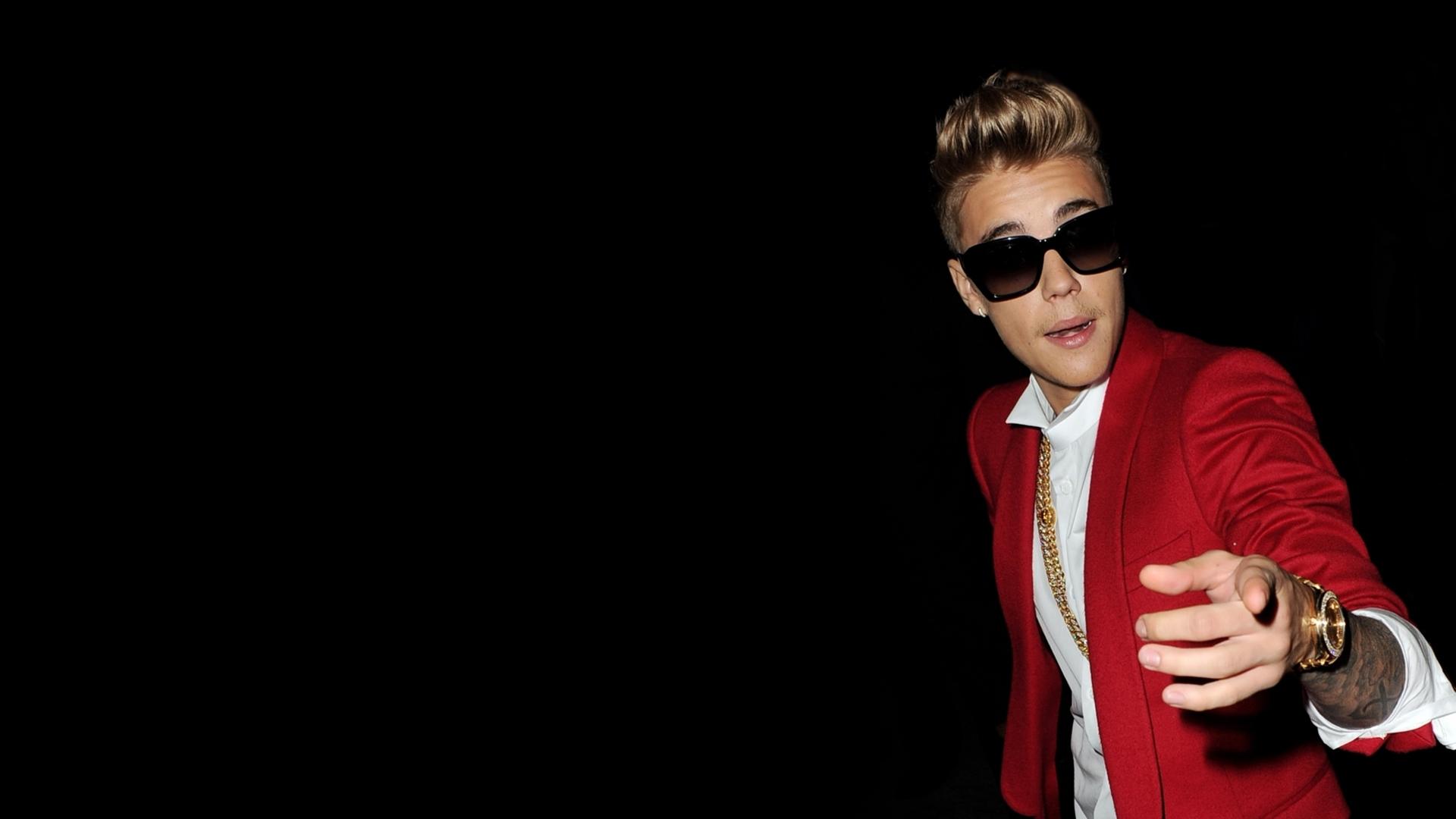 Justin Bieber Singer Cool Glasses wallpaper celebrities 1920x1080