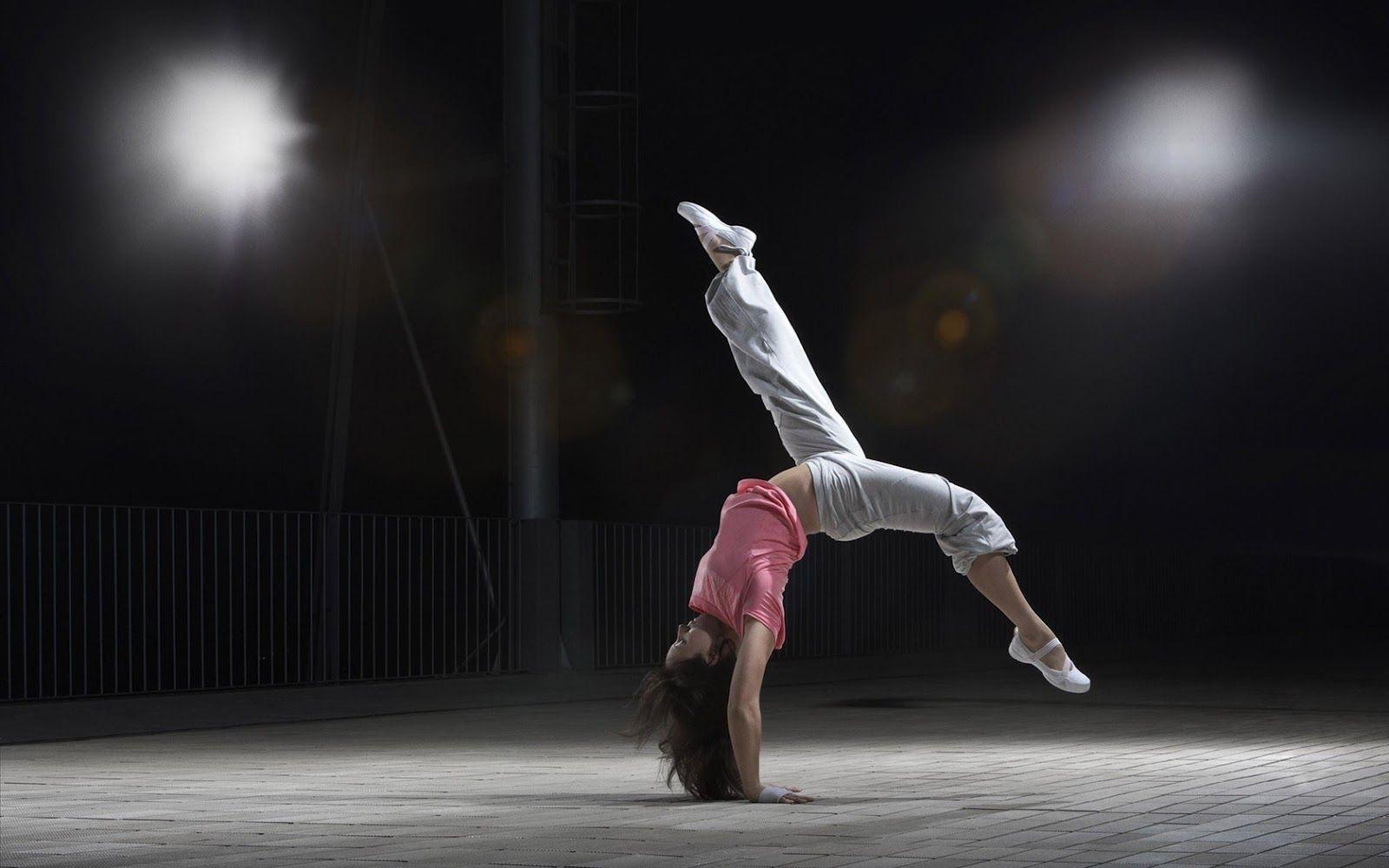 Modern Dance Wallpapers 1600x1000