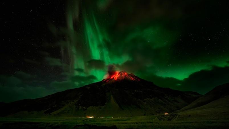 Volcano Eruption HD Wallpaper   WallpaperFX 804x452