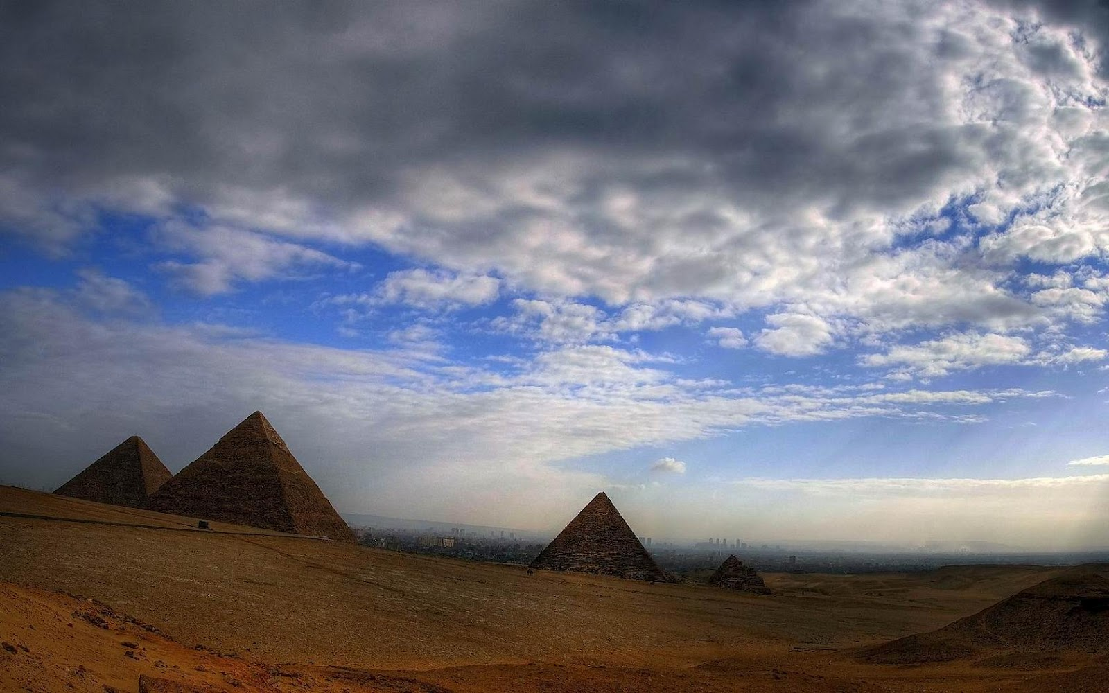 Egyptian Pyramids HD Wallpapers HD Wallpapers 1600x1000