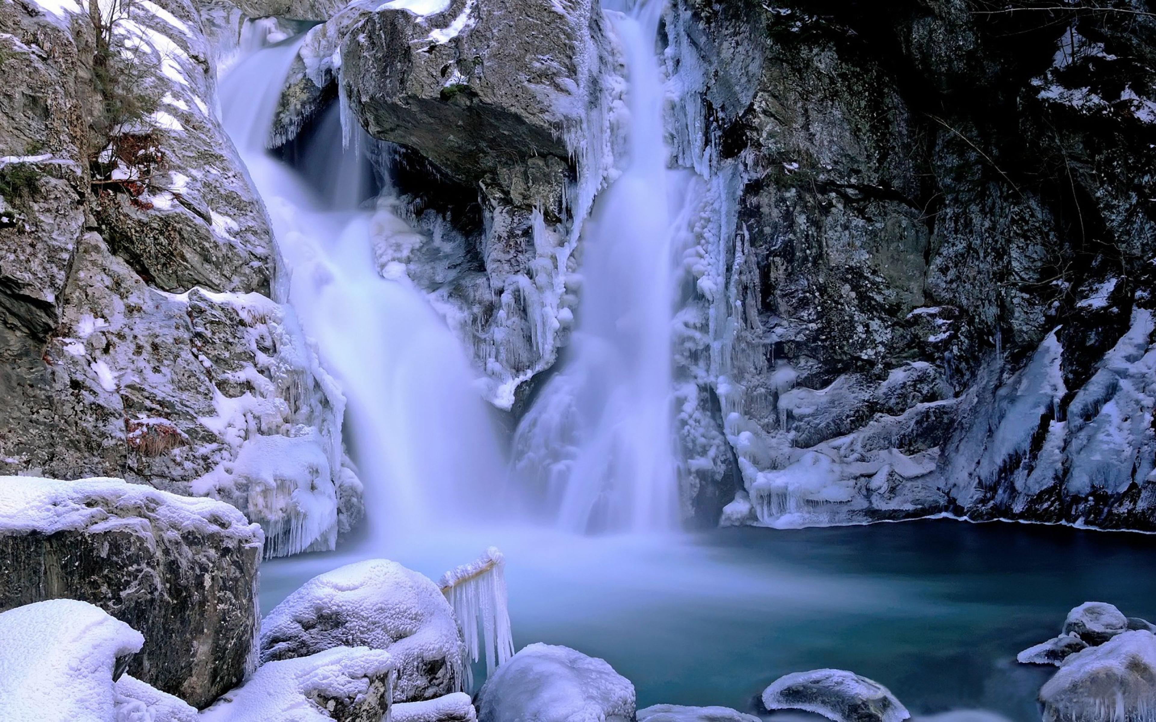 Зимний водопад  № 2946882 бесплатно