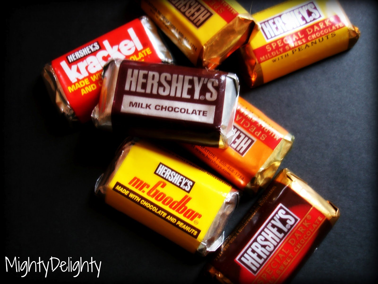 Not sure which miniature candy bars I am talking about Well here 1600x1200