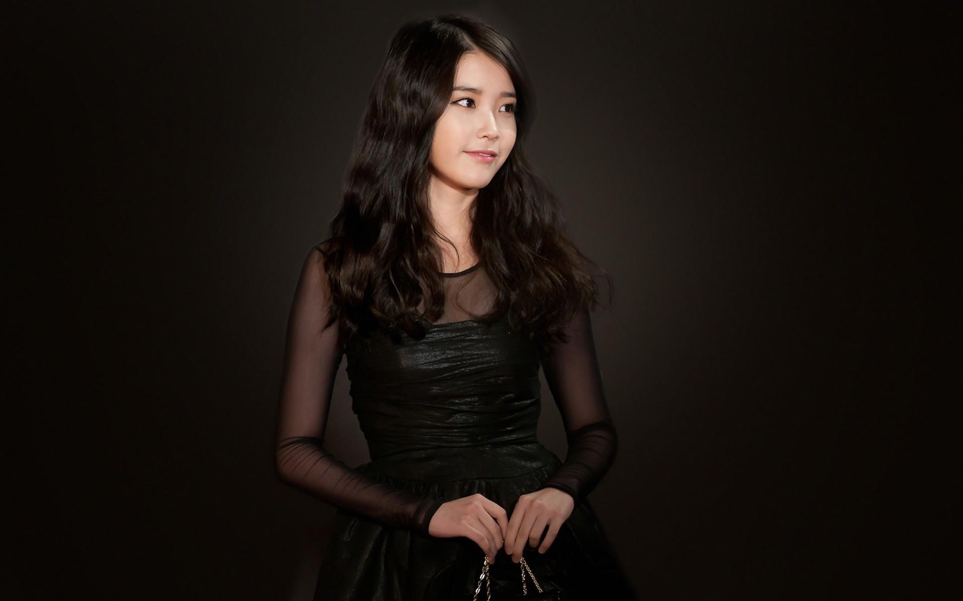 Free Download Lovely Cute Black Dress Asian Girl Wallpaper