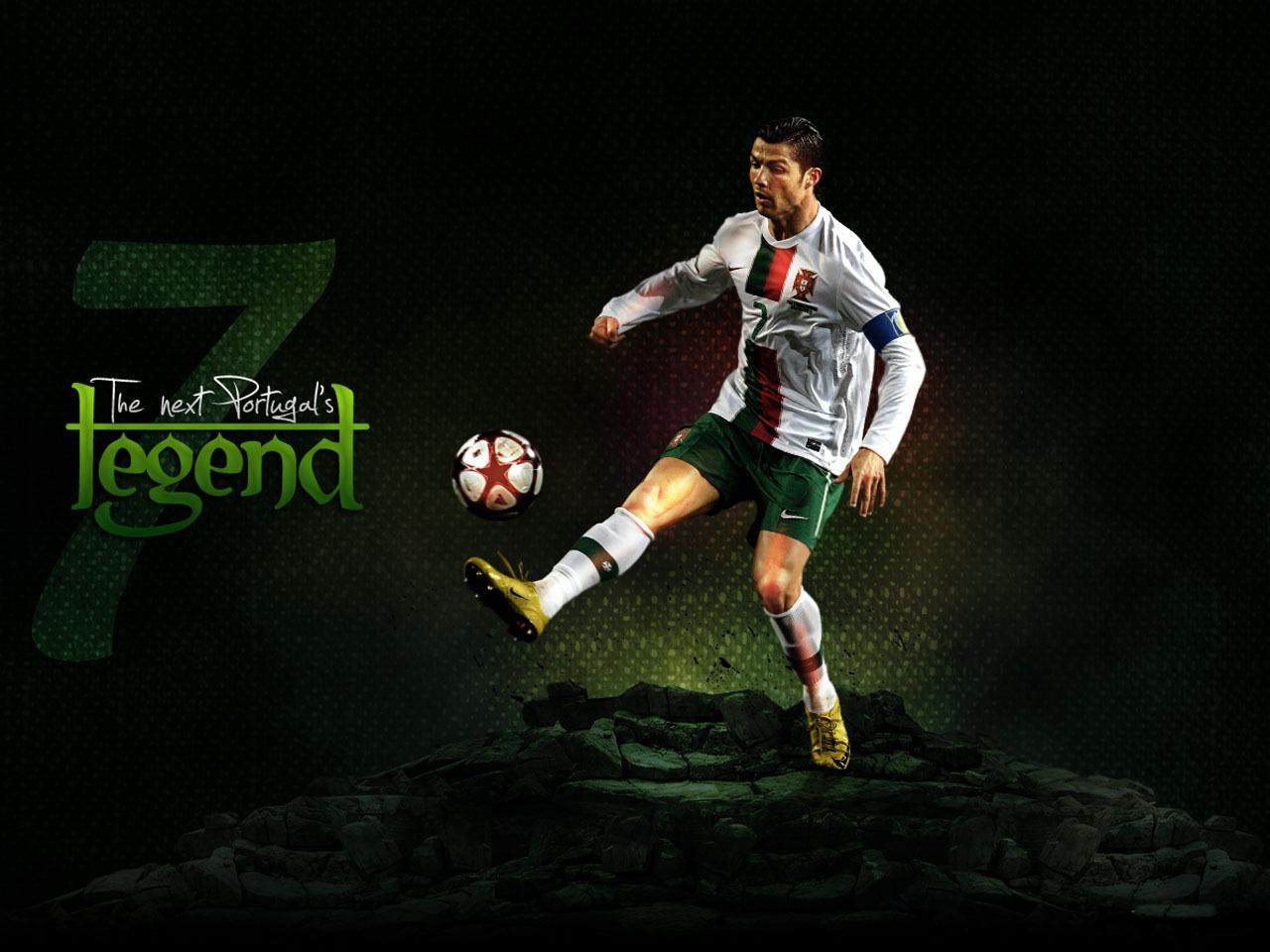 Cristiano Ronaldo New HD Wallpapers 2012-2013