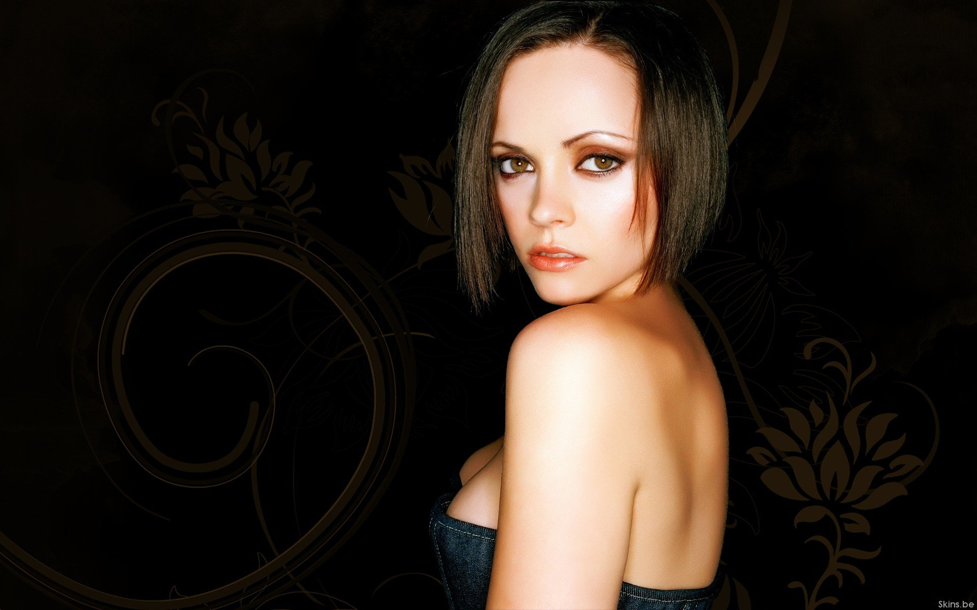 Christina Ricci HD Wallpaper Background Images 1920x1200