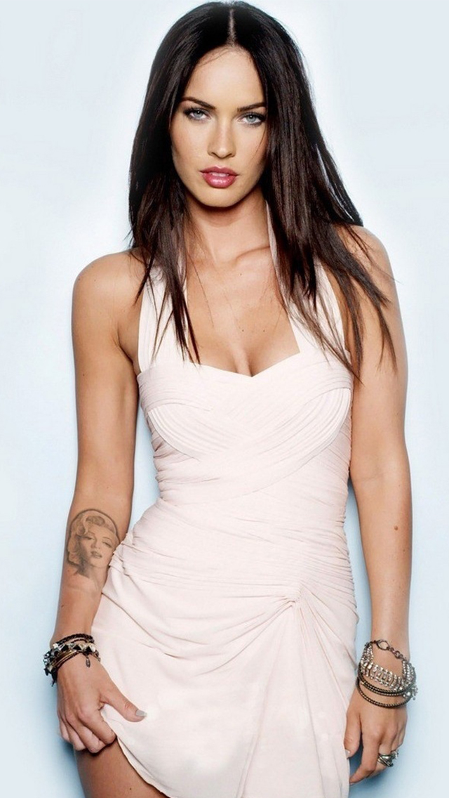 Megan Fox iPhone 5 Wallpaper 640x1136