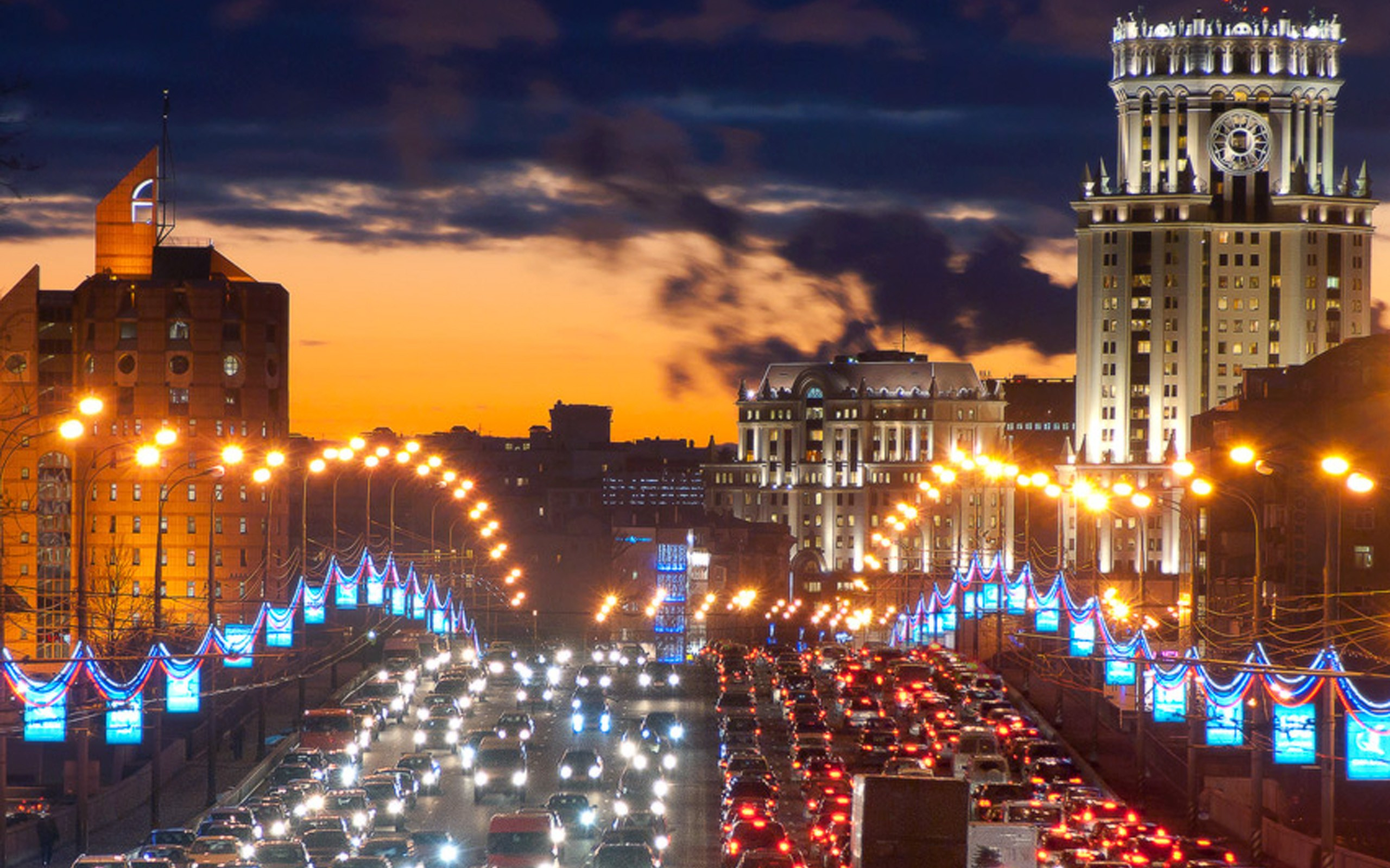Night Life of Moscow Russia   Wallpaper 32395 2560x1600