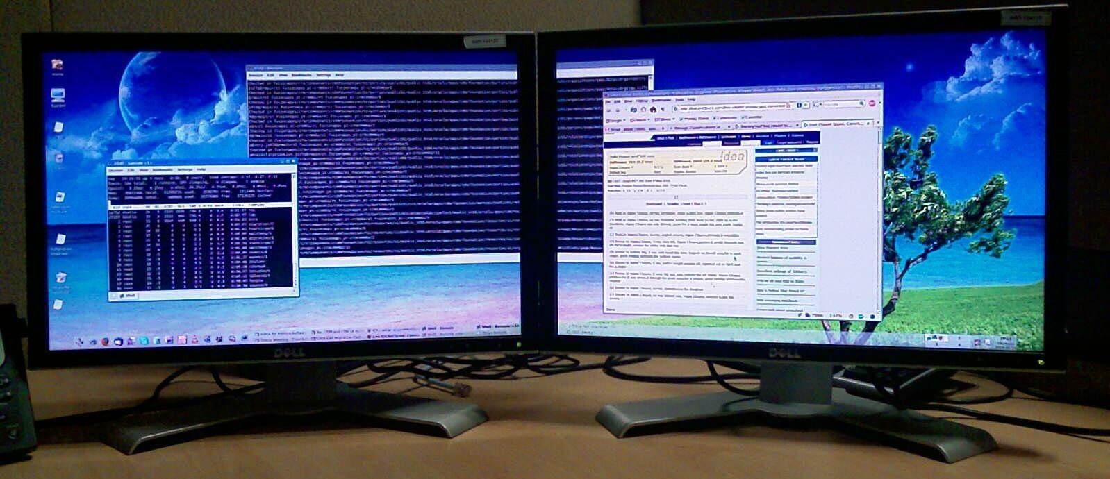 Wallpaper Windows 10 Three Monitors
