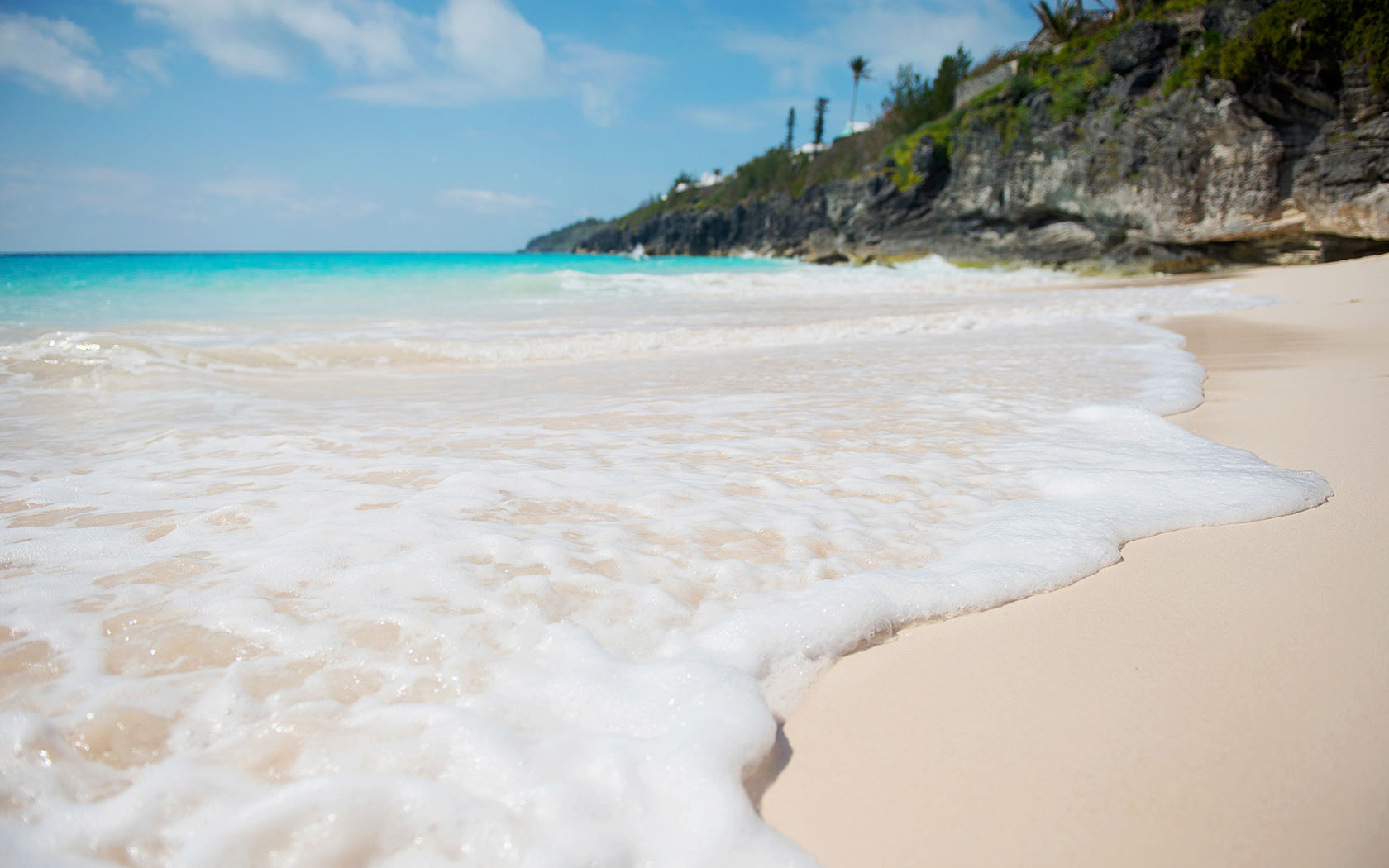 Bermuda Hotels on the Beach Gallery The Reefs Resort and Club 1680x1050