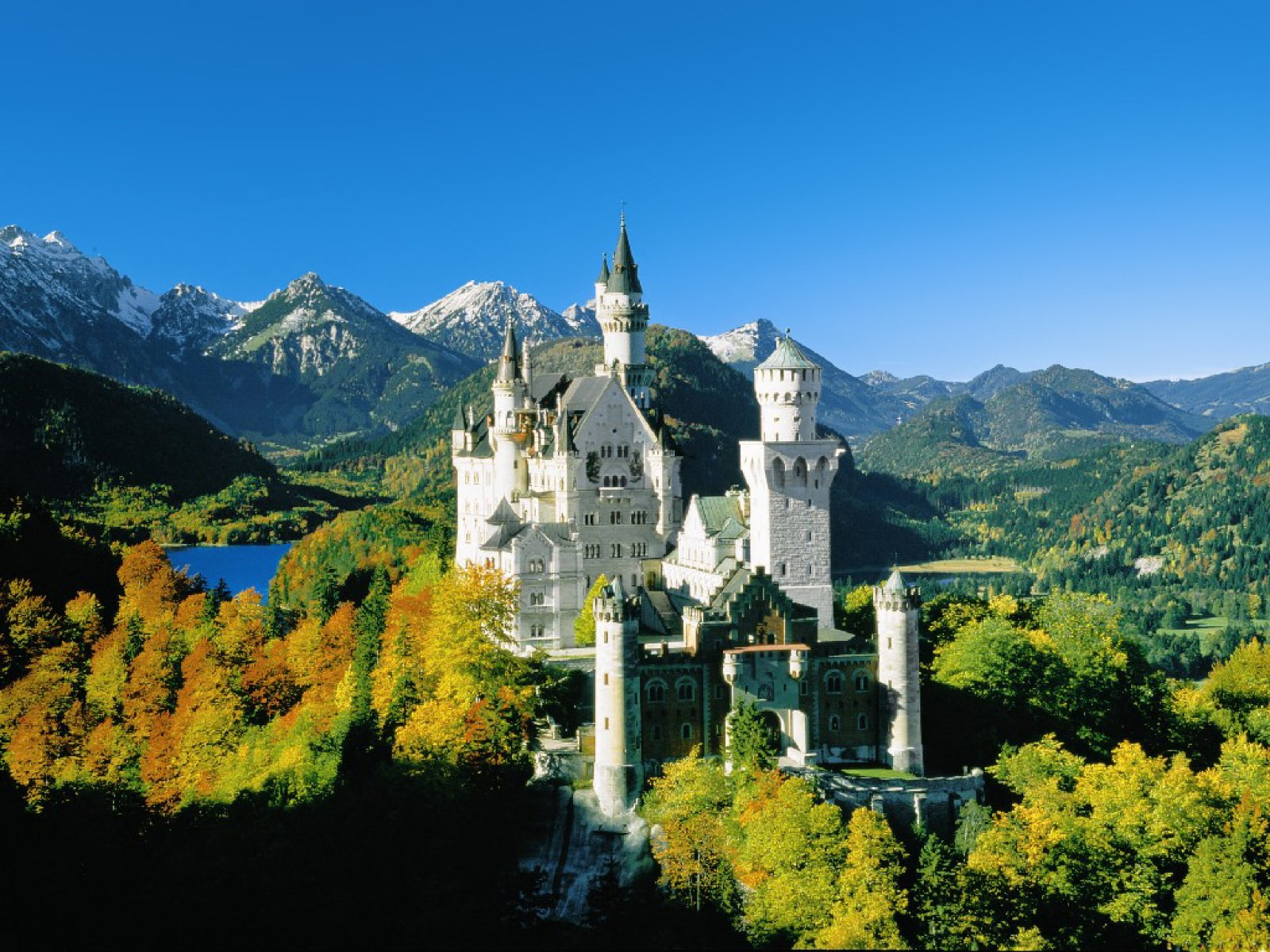 castle in Germany 3 computer desktop wallpapers pictures images 1600x1200