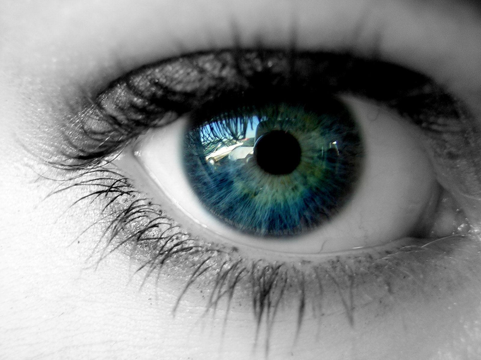 20 eye cachy eye wallpapers watching youWeb Developer Juice 1600x1200