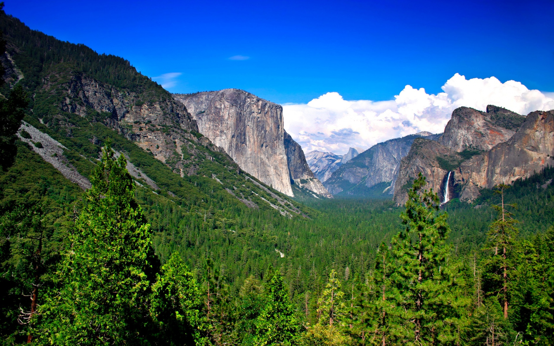 Download Windows 8 Background Yosemite Mountains Windows 8 Wallpaper 1920x1200