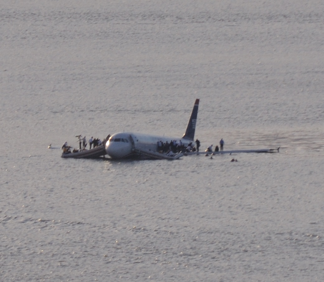 Plane Crash into Hudson Rivercroped Plane Wallpapers on this Plane 1040x904