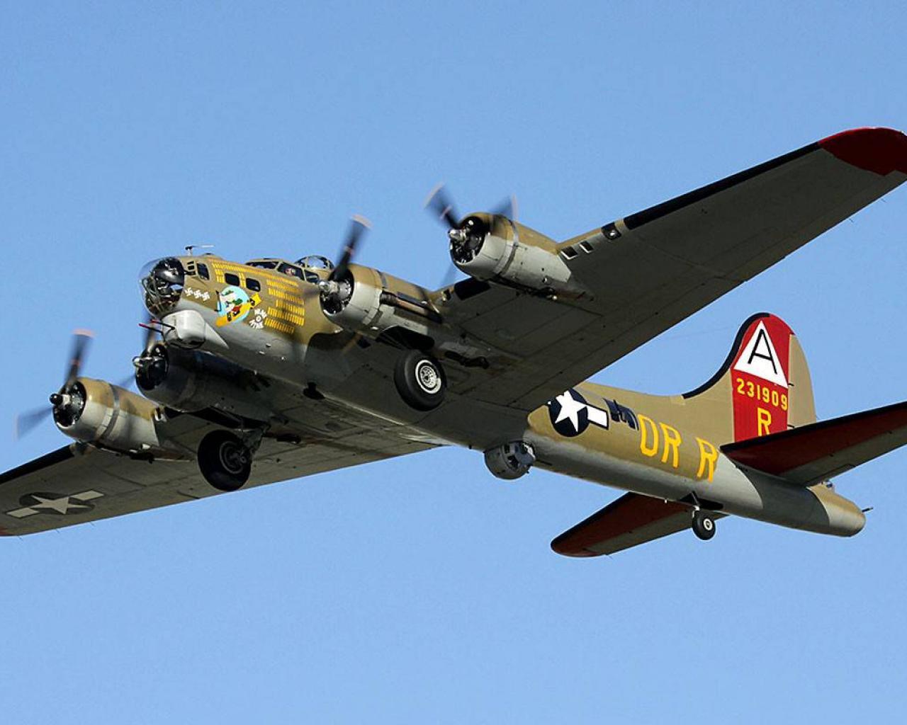 bomber warbird b 17 flying fortress wallpaper HQ WALLPAPER   493 1280x1024