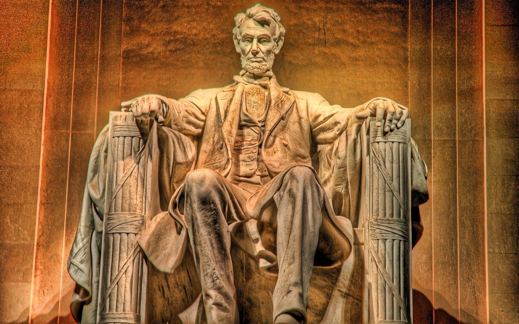 Statue of Abraham Lincoln wallpaper 23120 1680x1050
