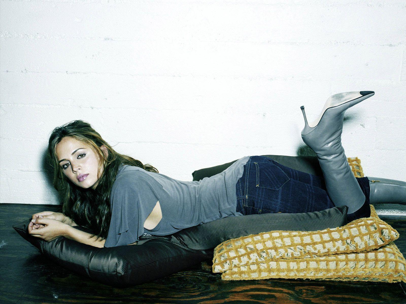 50 Hot Hollywood Celebrity Babes Desktop Wallpapers   1600 x 1200 1600x1200