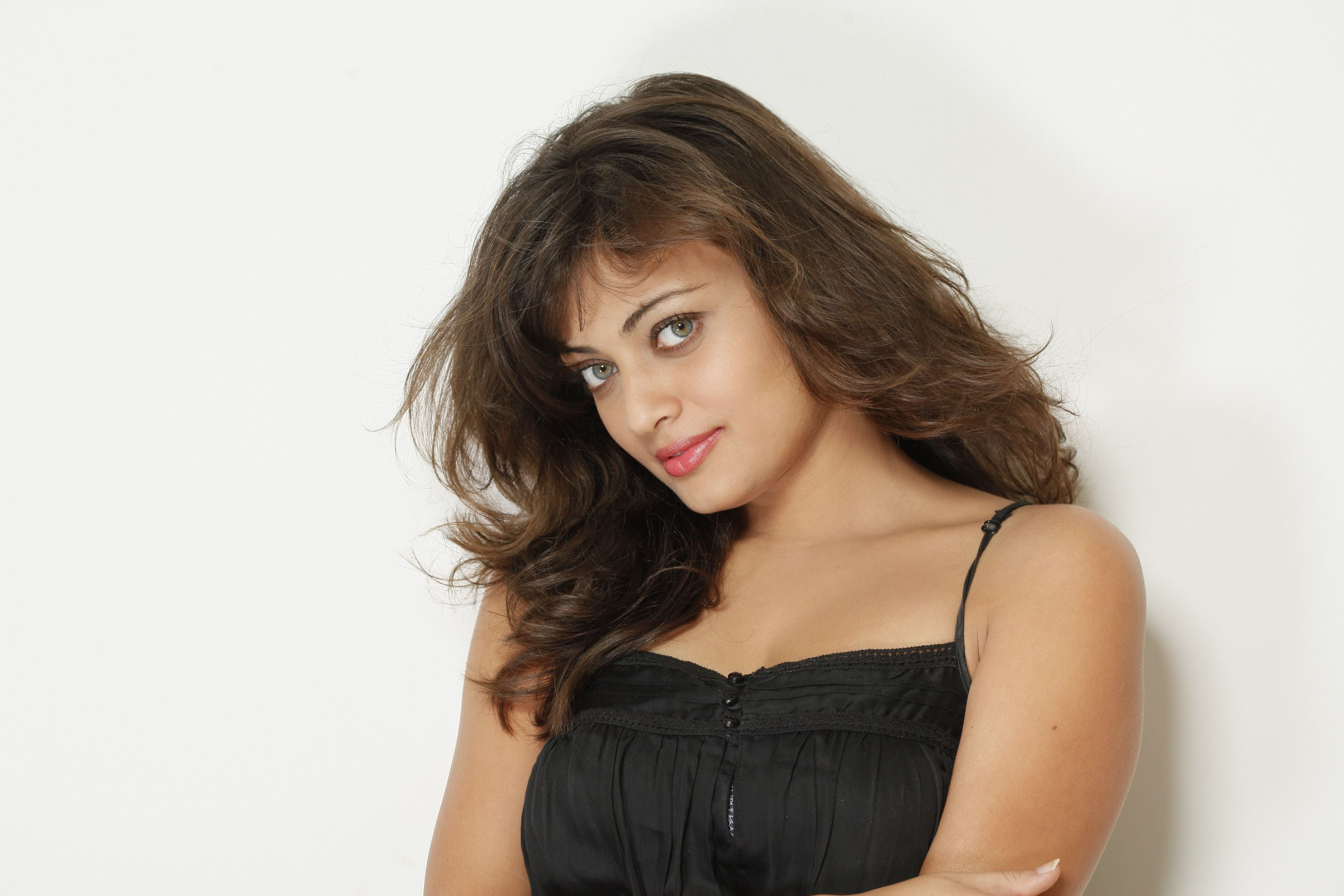 16 Sneha Ullal HD wallpapers High Quality Download 2808x1872