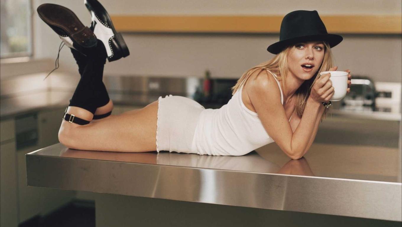 Like Every Body Naomi Watts hd New Nice Wallpapers 2013 1360x768