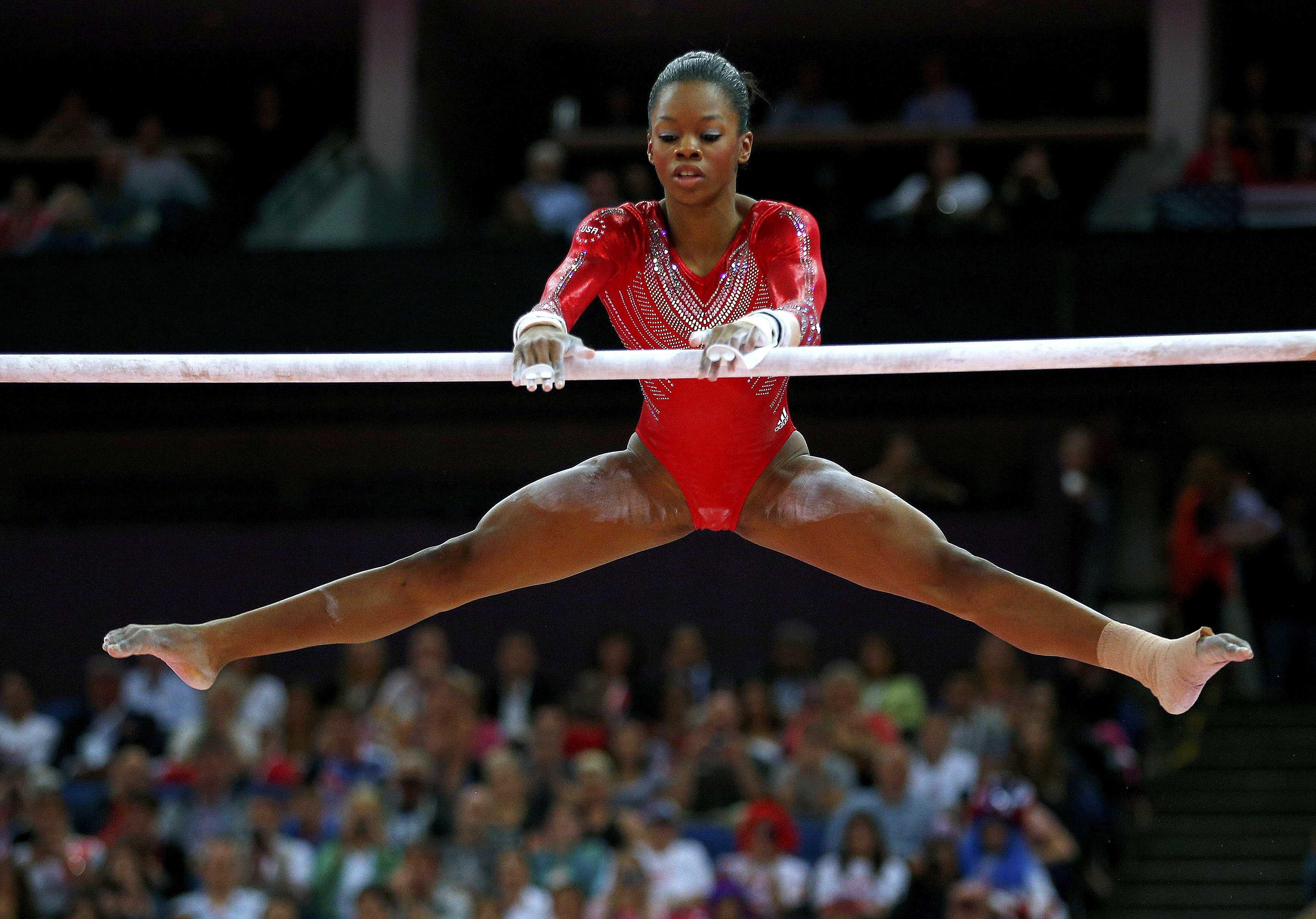 Download Wallpapers Download 1024x1024 usa gymnast 1024x1024