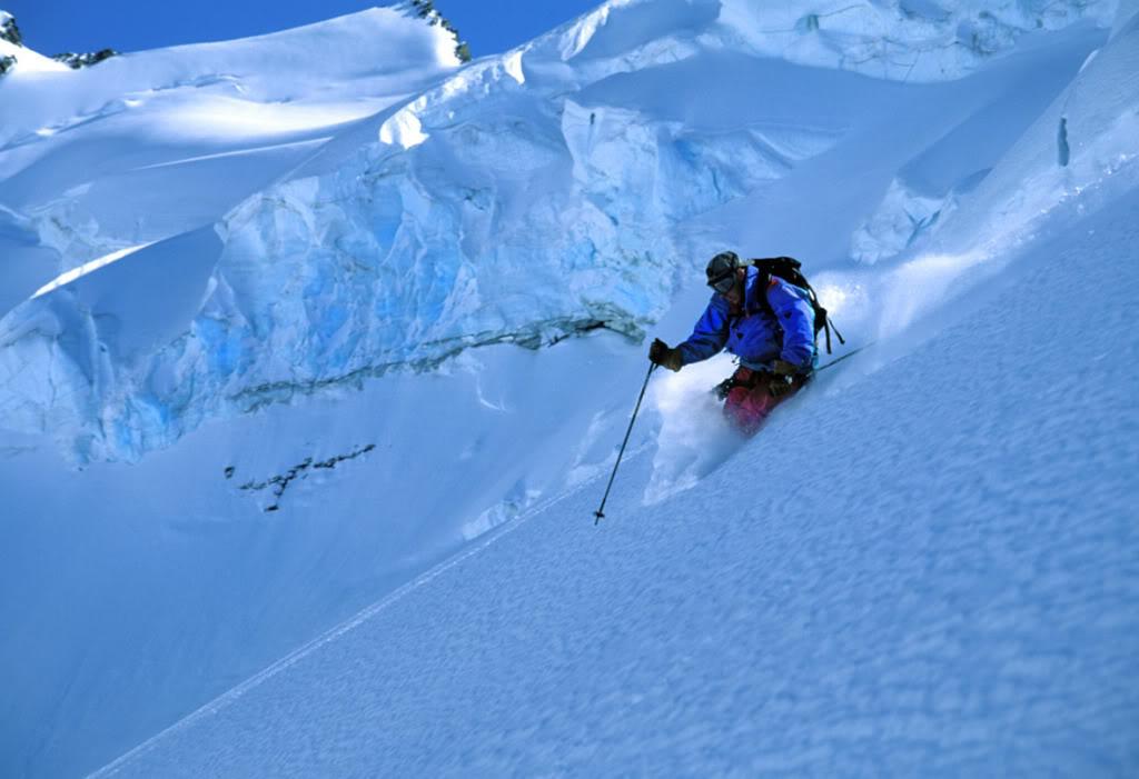 Heli Skiing Wallpaper 1024x701