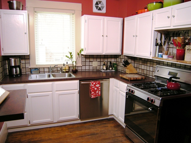 can you paint old kitchen cabinets can you paint over gloss kitchen 616x462