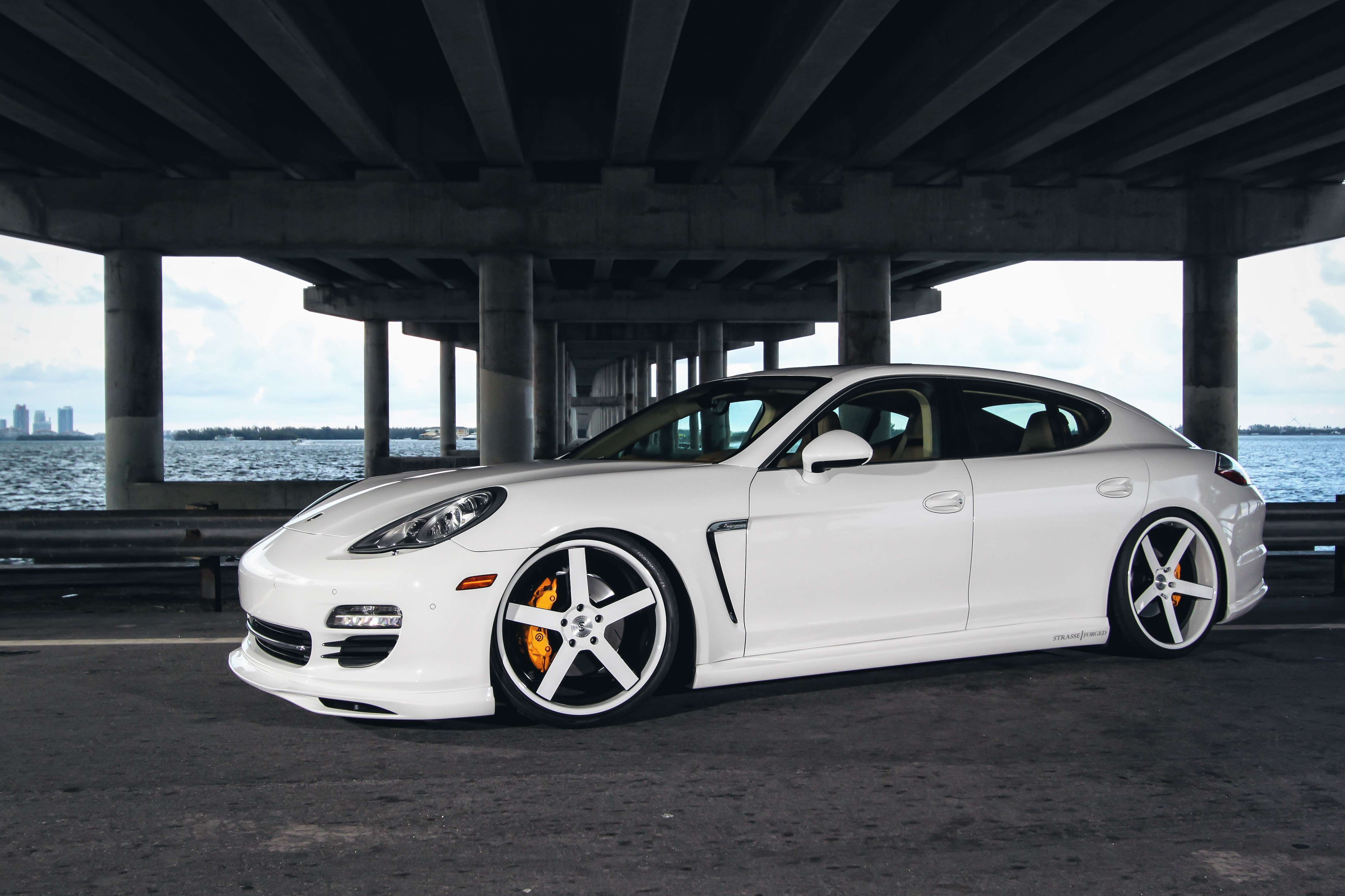 View Of Porsche Panamera Hd Wallpapers Hd Car Wallpapers 4664x3109
