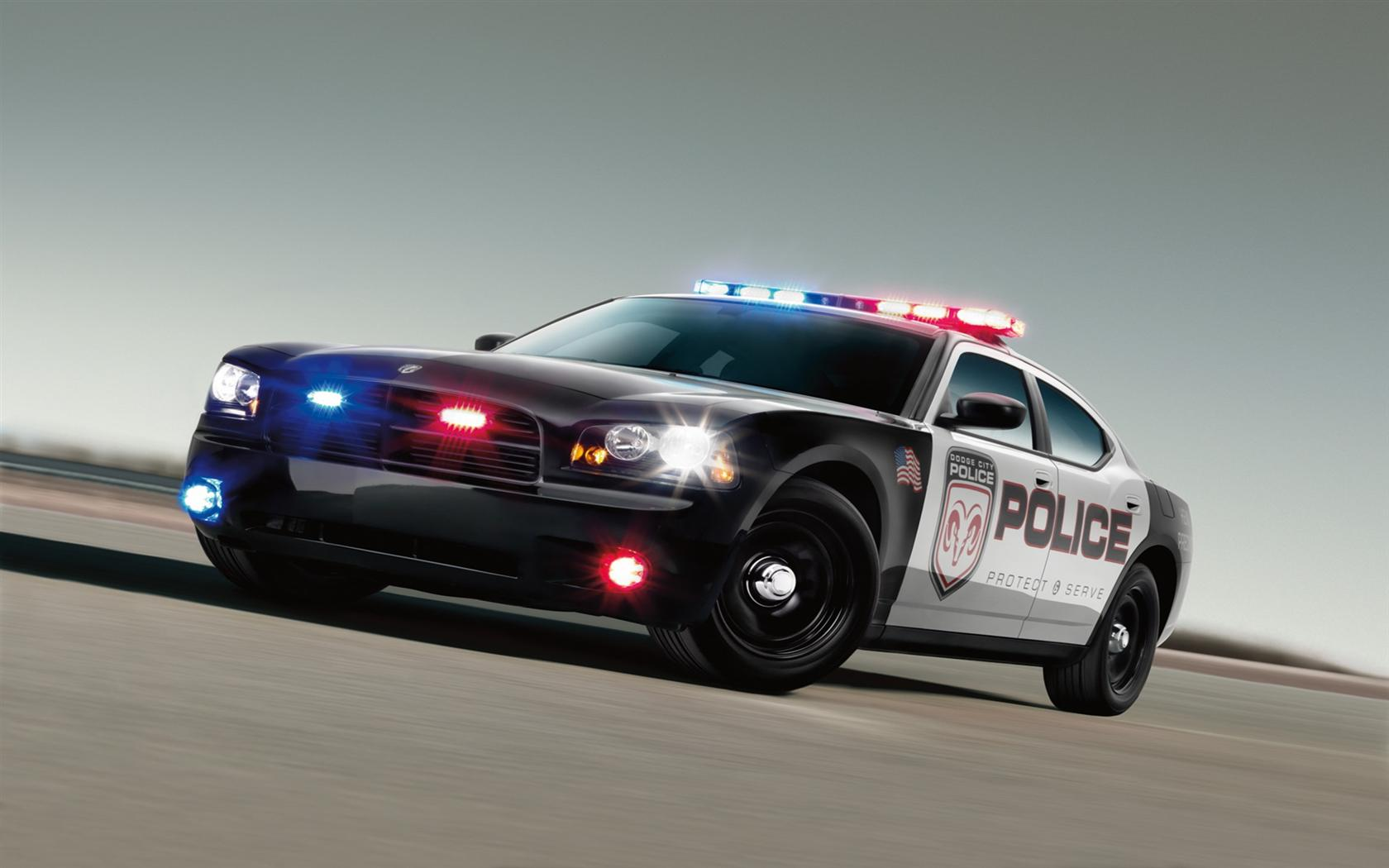 Police Car Wallpapers 1680x1050