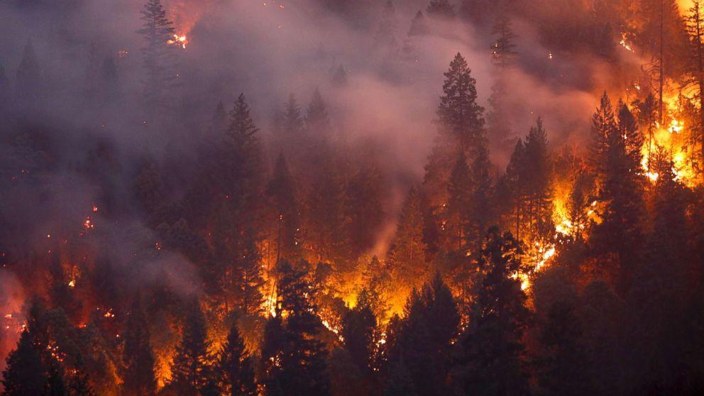 Undeniable link to climate change in Californias fire season 992x558