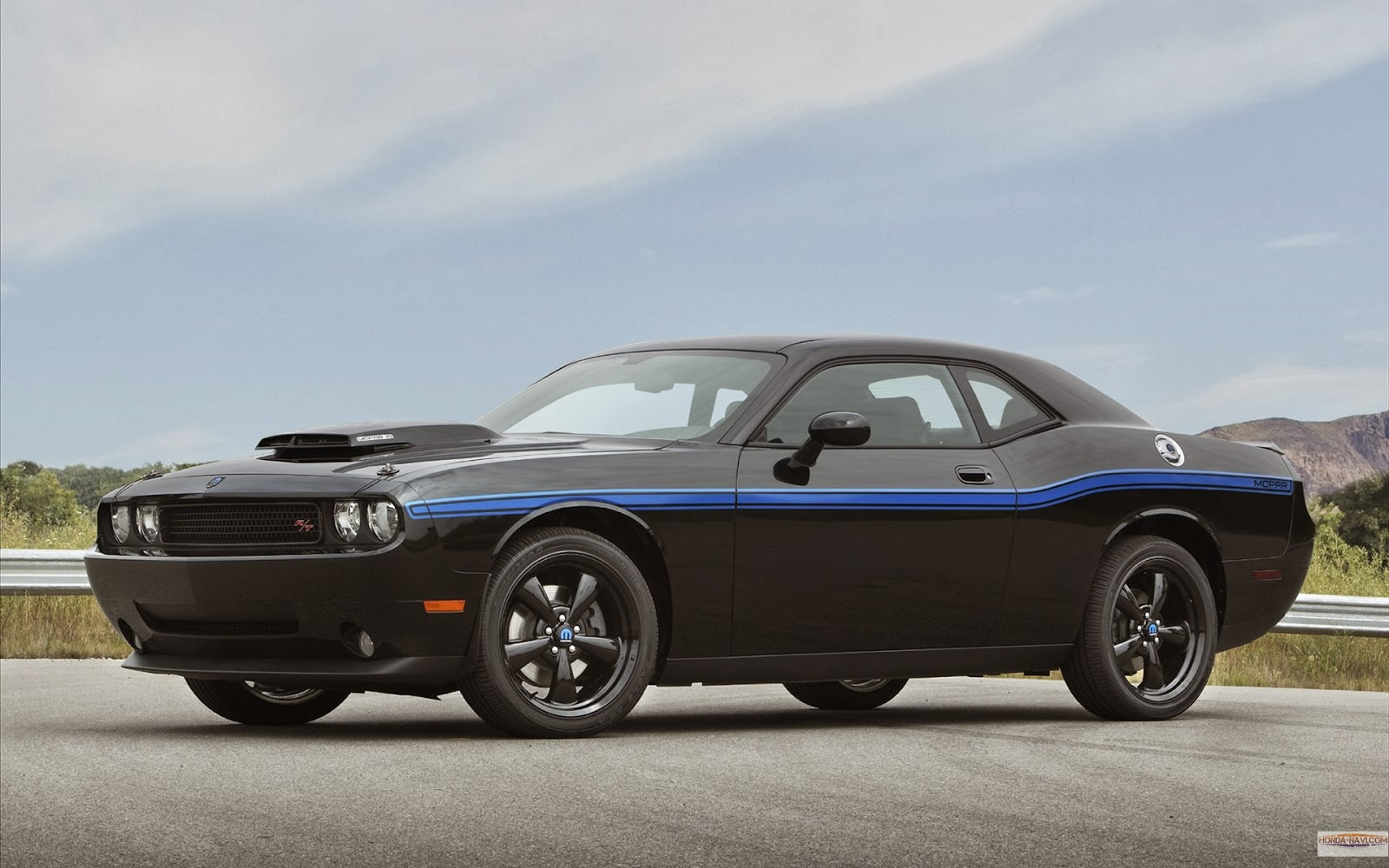 HD Wallpapers Dodge Mopar Underground Challenger Wallpapers 1600x1000