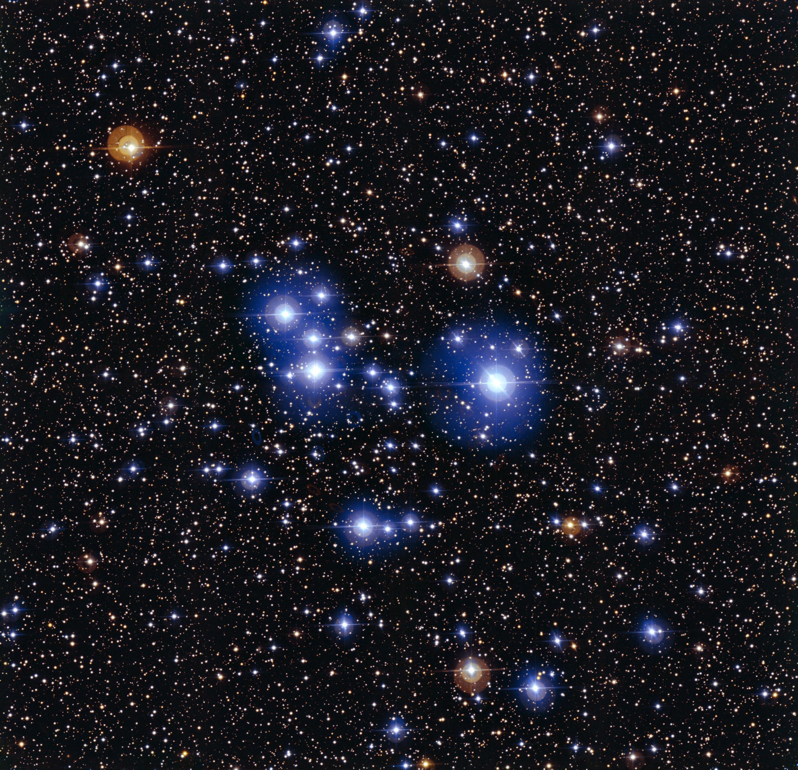 ESO Views the Blue Stars of Messier 47 2550x2460