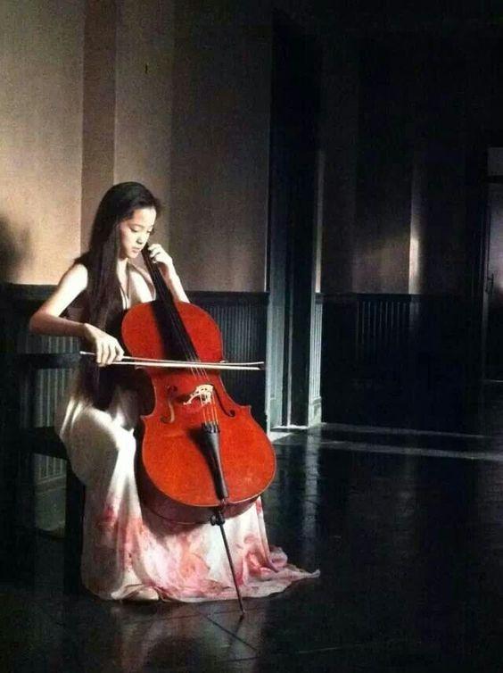 Ou yang nana Cello Pinterest 564x754