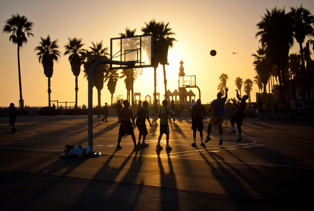 Sunset at Venice Beach Basketball Courts   Los Angeles CA 1024x690