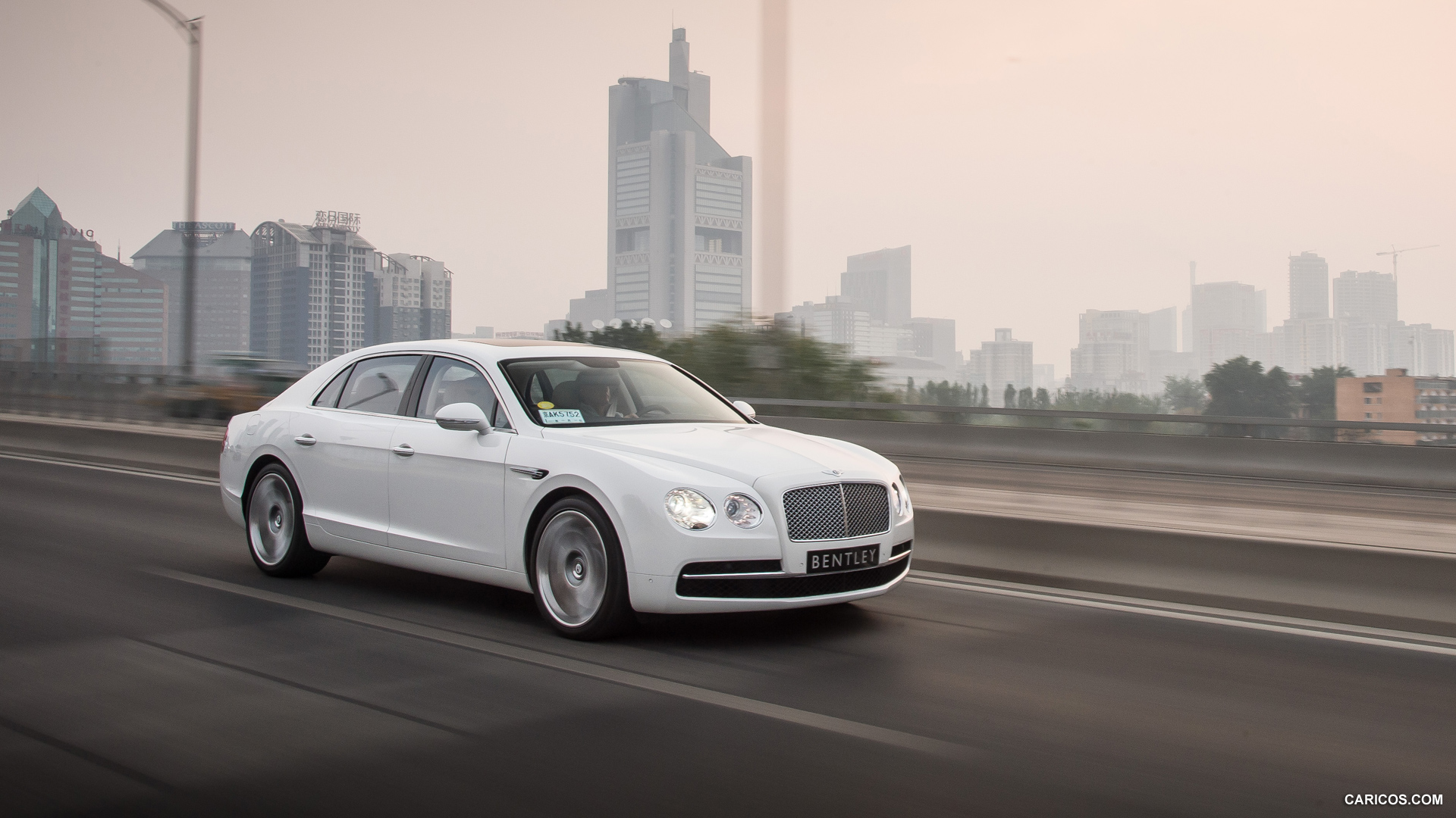 2014 Bentley Flying Spur Glacier White   Front HD Wallpaper 48 1920x1080