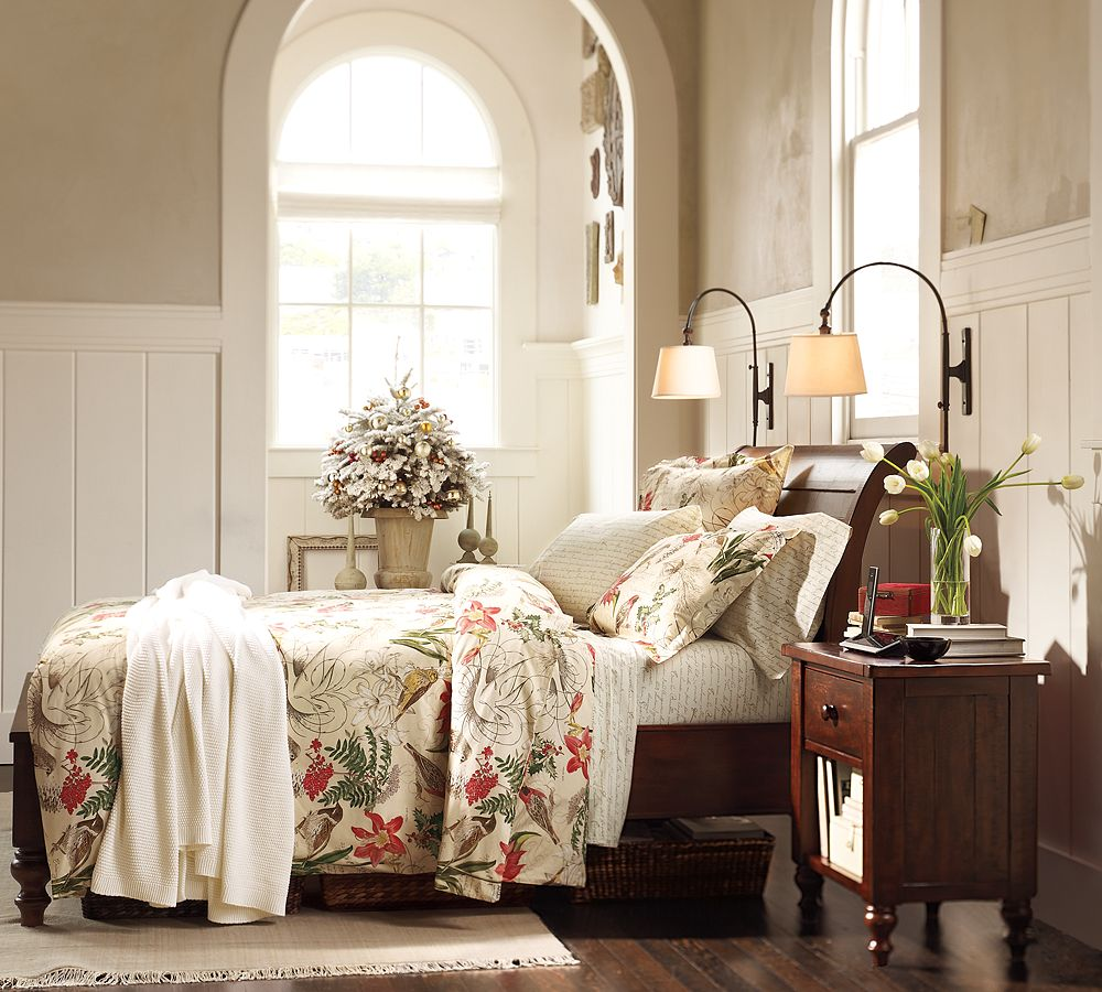 Going Coastal Pottery Barn Part I: Pottery Barn Wallpaper