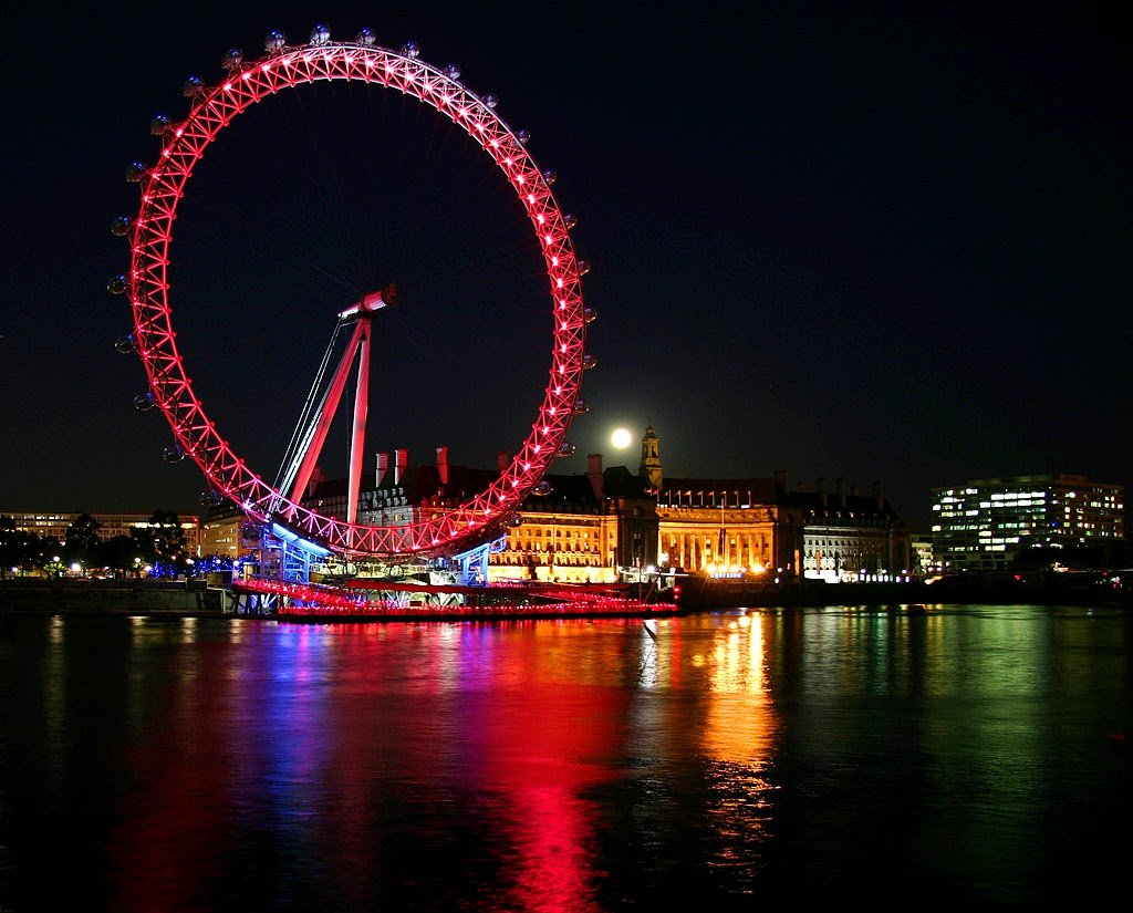 World Visits Christmas Season   London Eye Wallpaper 1024x825