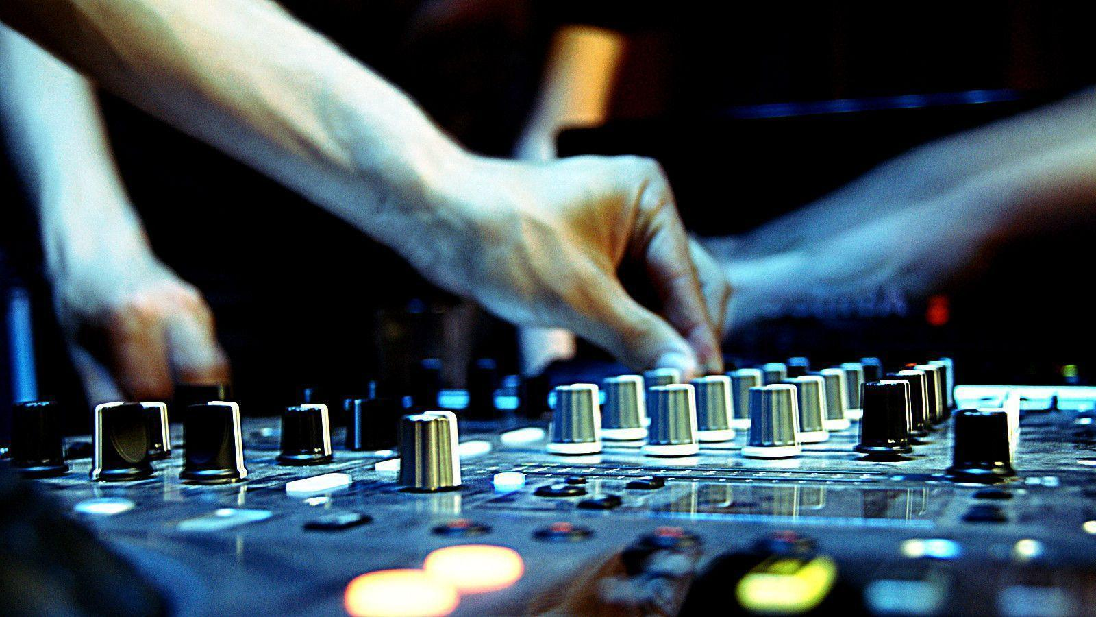 Pioneer DJ Wallpapers 1600x900