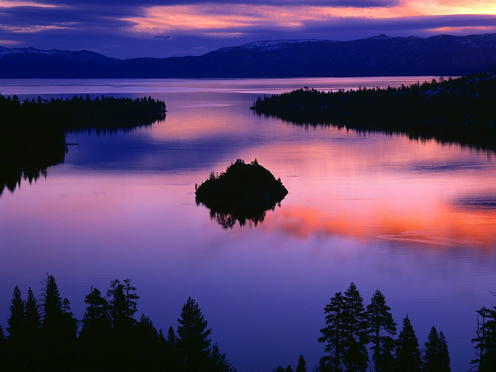 lake tahoe hd sunset wallpaper lake tahoe hd desktop wallpaper lake 1600x1200