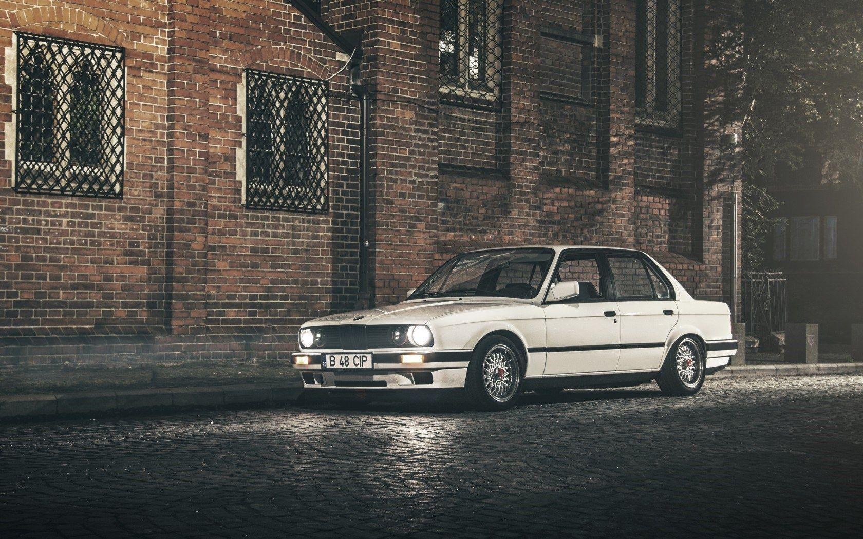 BMW E30 Wallpapers 1680x1050