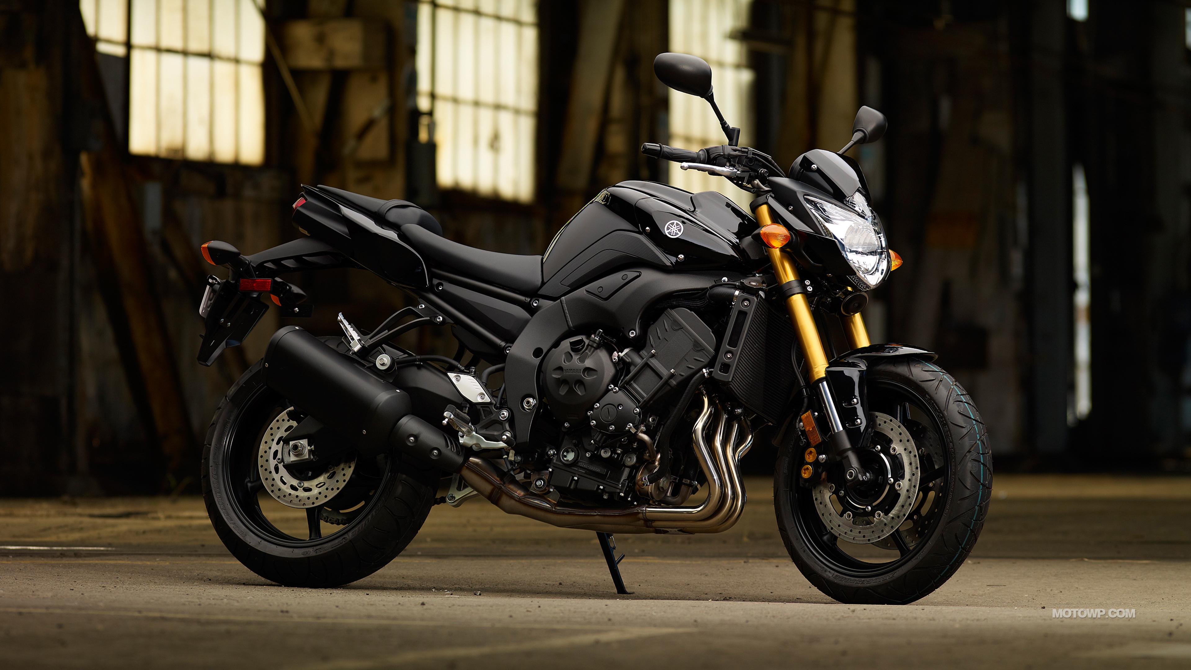 Motorcycles desktop wallpapers Yamaha FZ8   2011 3840x2160