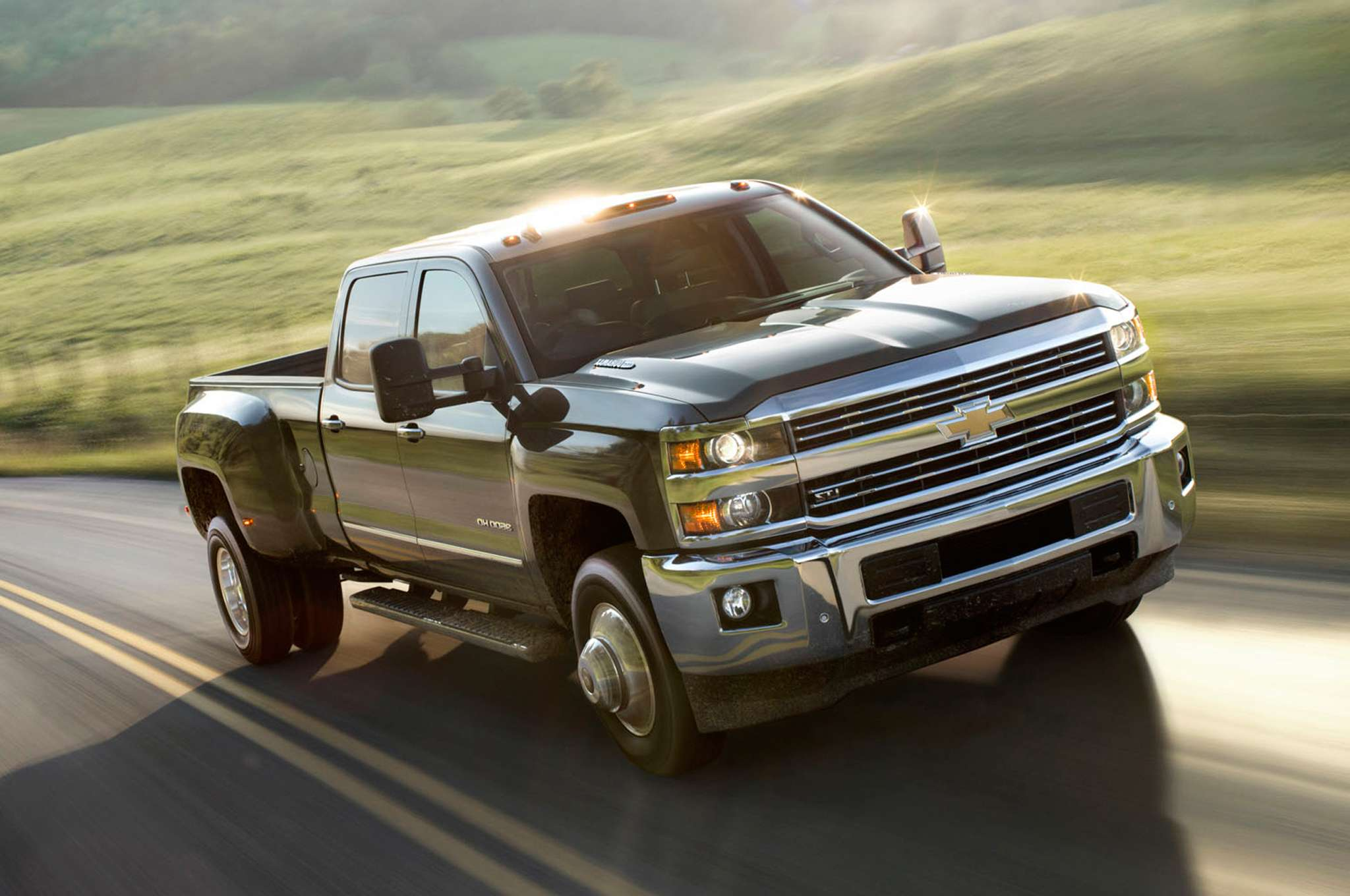 car wallpapers download 2015 Chevy Silverado 2500hd Duramax Lifted 2048x1360