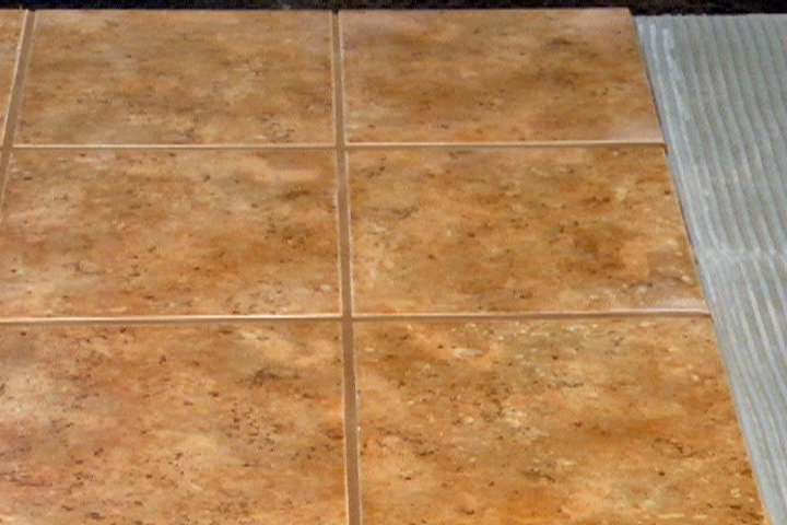 How to Lay Ceramic Tile over Plywood Ron Hazelton Online DIY 720x480
