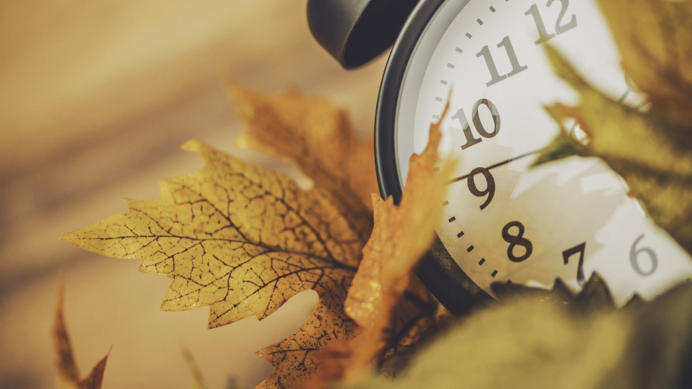 New England looks to end daylight saving time 1366x768