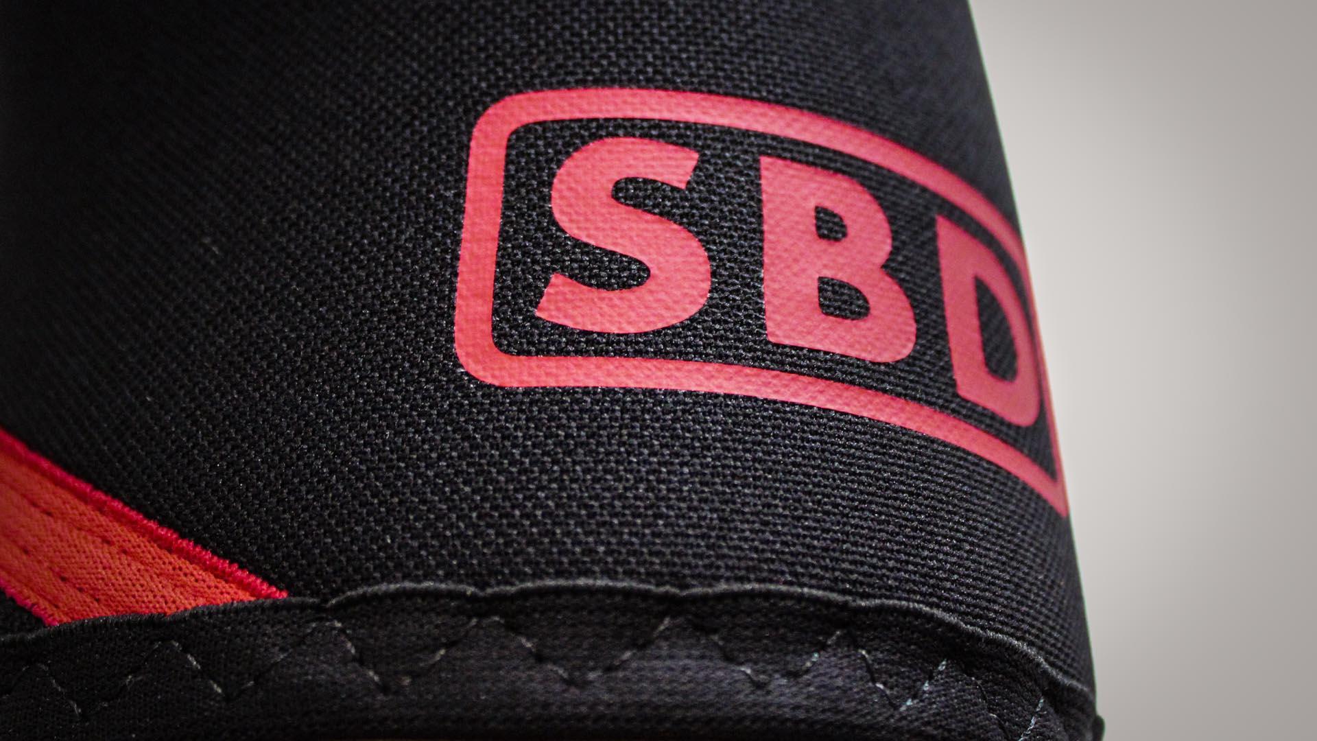 SBD Knee Sleeves WWWJCMUSCLEBUILDINGCOM 1920x1080