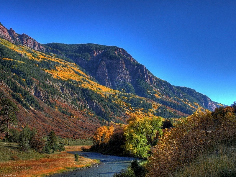 Mountain and River Wallpapers images download Very Rare Mountain 800x600